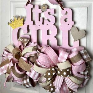 """""""It's a girl!"""" Announcement rail bow wreath"""